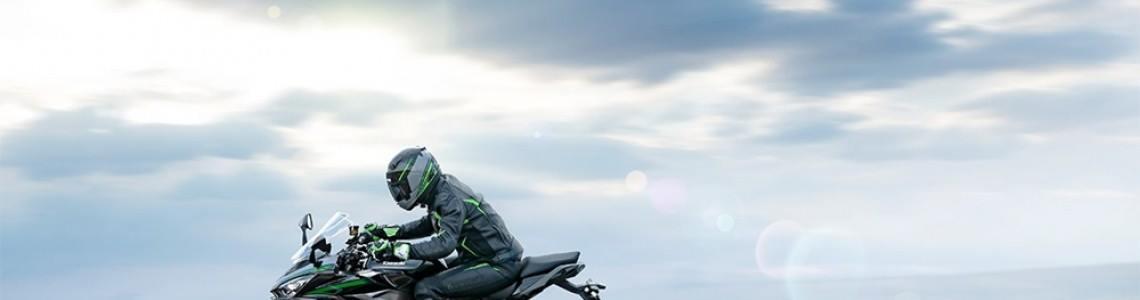 Kawasaki Ninja 1000SX 2021: când sportivitatea întâlnește latura practică