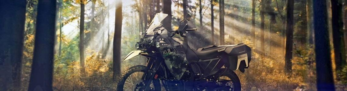 Legendara Kawasaki KLR650 se întoarce în 2022