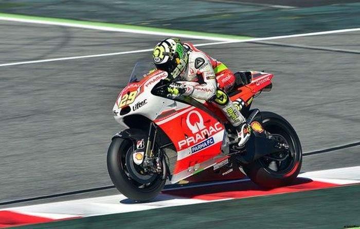 Casey Stoner a câştigat Grand Prix-ul Qatarului la MotoGP Slăbit motogp
